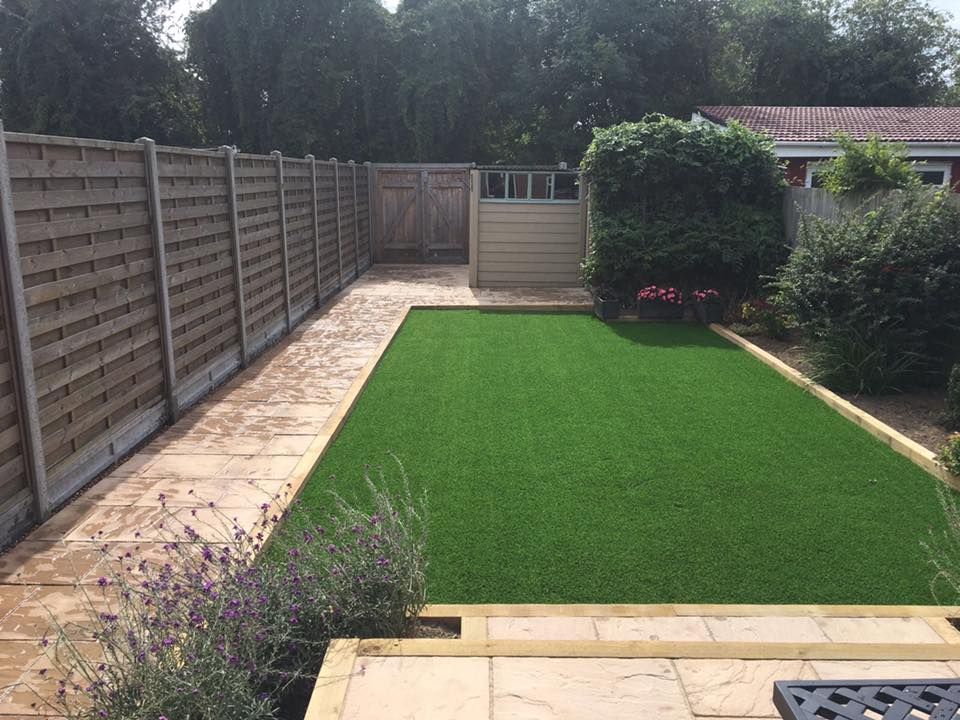 Artificial lawn & patio