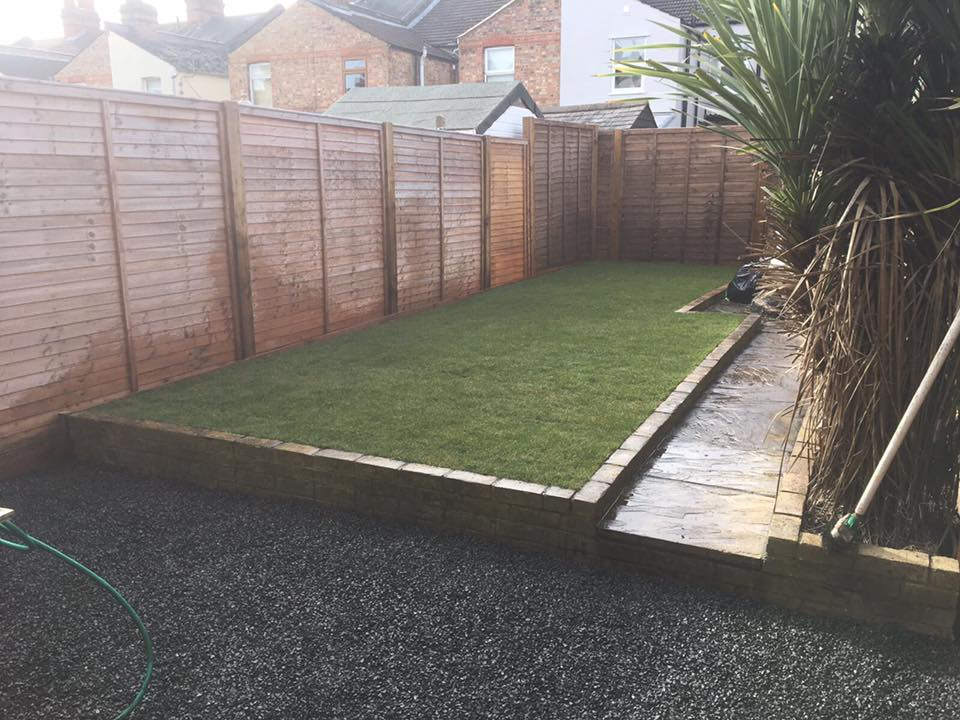 6ft fence panels, new lawn & gravel