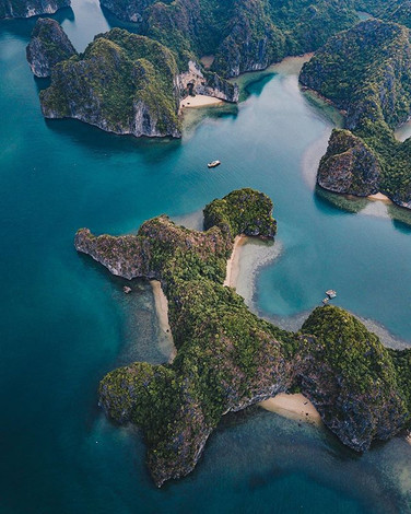 Halong Bay, a 100% Must see in Vietnam,