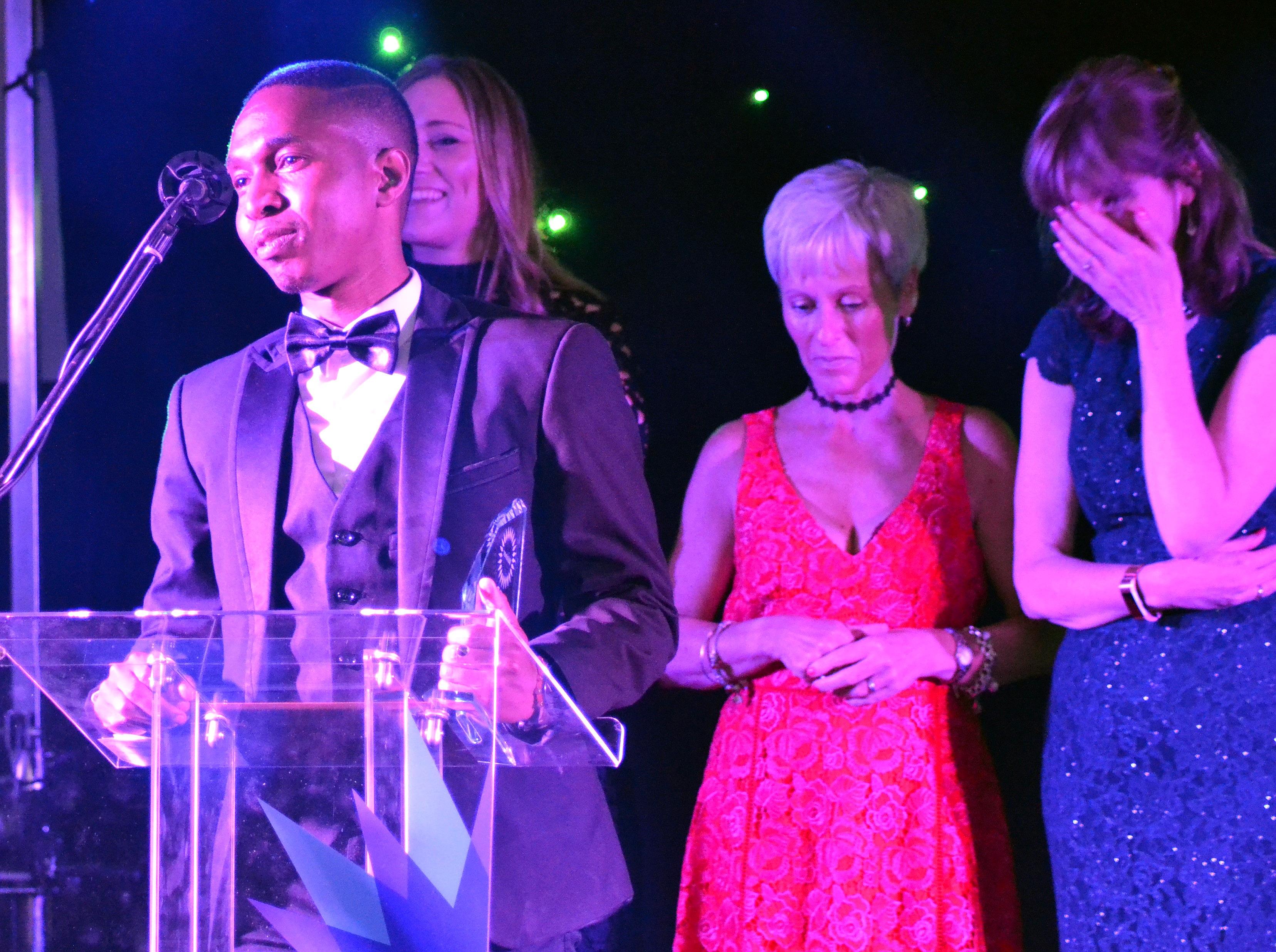 Thabiso Mailula accepting award