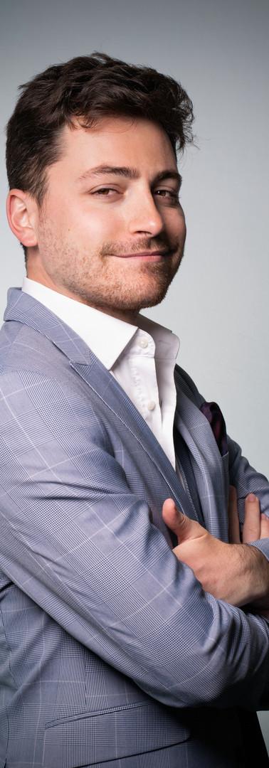 20 -Headshot corporate man white backgro