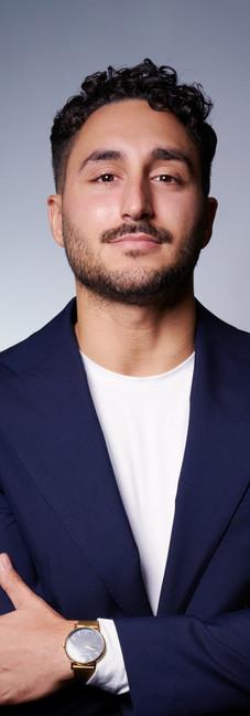 18 -Headshot corporate man white backgro