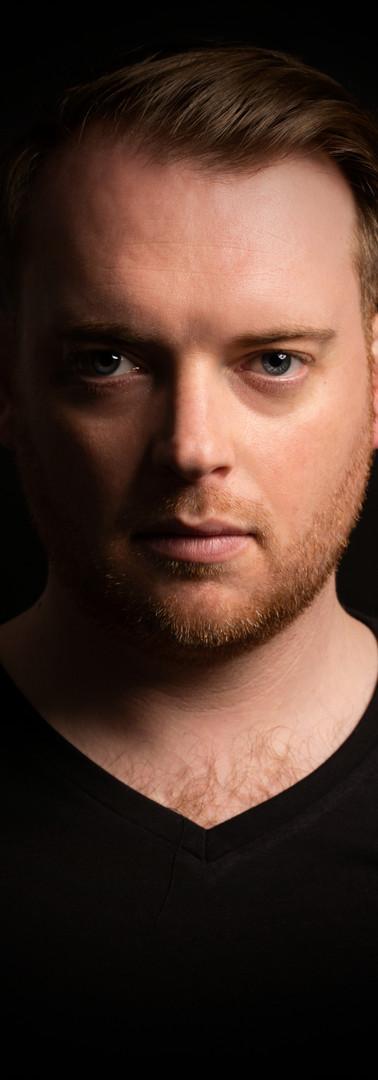 10 - Headshot man actor studio.jpg
