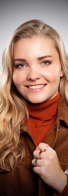 19 -Headshot corporate woman white backg