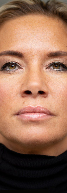 07 - Headshot woman actrice.jpg