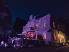 Villa Nacht .jpg