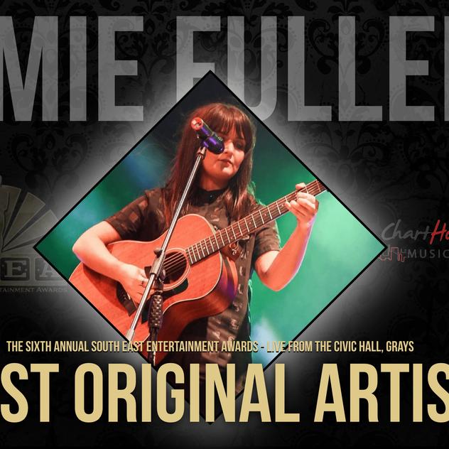 AMIE FULLER-min.png