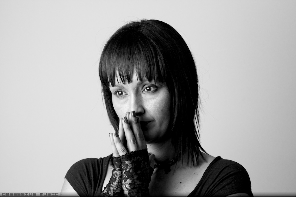 20130518 Katie Lewis Dangerous 2