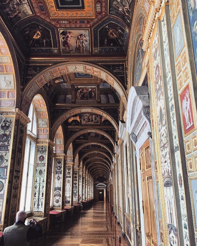 the Raphael loggias in St. Petersburg