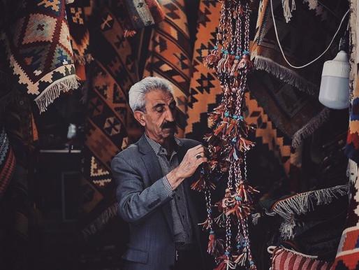 Vakil Bazaar: A Persian Rug Heaven