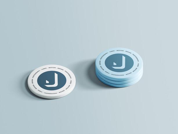 Pin Buttons Mockup Jcapdevila.jpg
