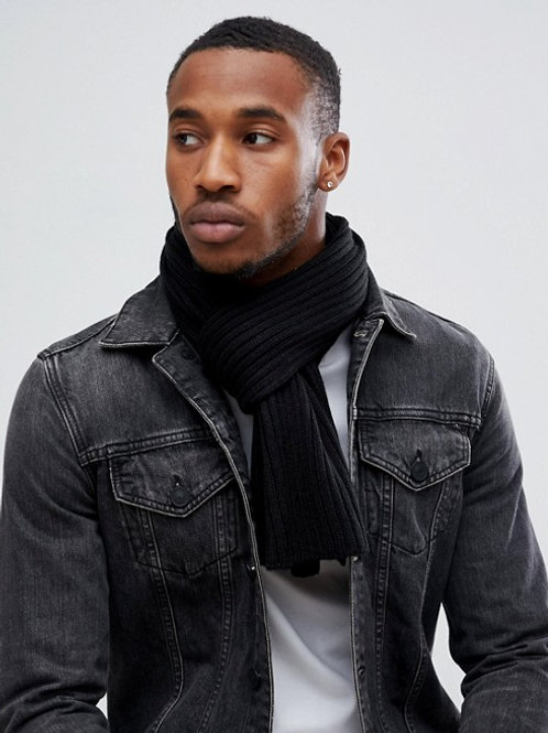 Directional Knit Scarf