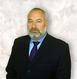 Esau Flores SPStyle-Beard-LowR-Web.jpg