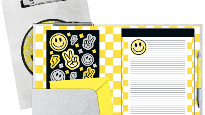 Checkered smiley clipboard stationary