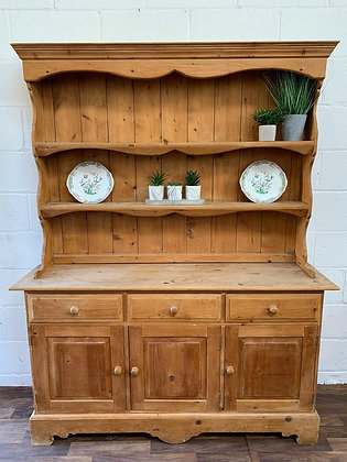 Custom/bespoke hand painted to order in a colour of your choice solid pine Welsh
