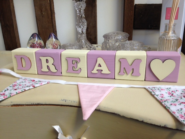 SHABBY CHIC Dream blocks