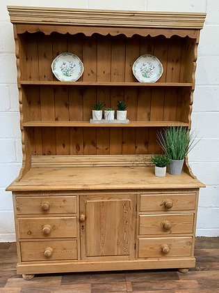 Custom/bespoke painted in a colour of your choice solid pine Welsh dresser