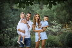 Outdoor Family Portraits Perth