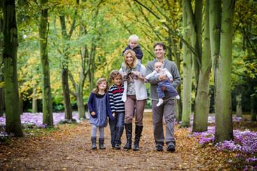 Family photoshoot in London park