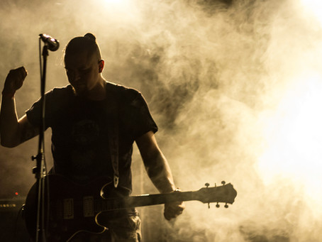 ¿Por qué es importante la fotografía profesional en un proyecto musical exitoso?