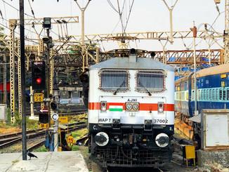 दरभंगा, जयनगर, मुजफ्फरपुर समेत इन स्टेशनों से फेस्टिवल स्पेशल ट्रेन का परिचालन आज से।
