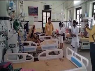 बिहार में बड़ी संख्या में लोग वायरल फीवर और फ्लू की चपेट में, वहीं डेंगू का भी बढ़ा खतरा।