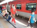बिना मास्क के ट्रेन की यात्रा करने पर होगी जेल की सजा-जुर्माना। रेलवे का नया नियम, जाने विस्तार से।