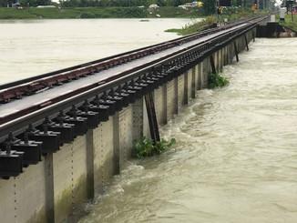 दरभंगा-समस्तीपुर हाईवे बंद होने का बढ़ा खतरा।