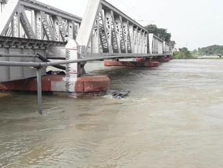 ट्रेन यात्री ध्यान दें, लगातार तीसरे दिन दरभंगा-समस्तीपुर रेलखंड पर इन ट्रेनों का परिचालन ठप्प।