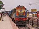 उत्तर बिहार का प्रमुख एवं रेलवे के सबसे महत्वपूर्ण दरभंगा जंक्शन से नियमित ट्रेनों का परिचालन नदारद।