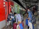 नई दिल्ली से दरभंगा के बीच दो स्पेशल ट्रेन का परिचालन।