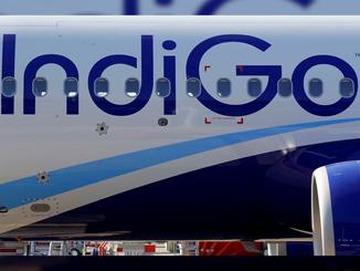 Indigo का बंपर ऑफर, मात्र 915 रूपए में हवाई सफर का मौका।