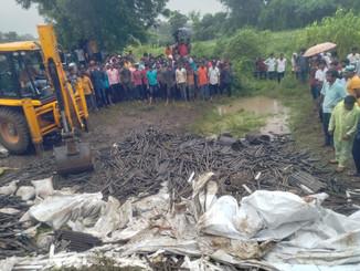 महाराष्ट्र में बड़ा सड़क हादसा! इस हादसे में दर्जनों मजदूरों की मौत, मृतकों में कई बिहार से।