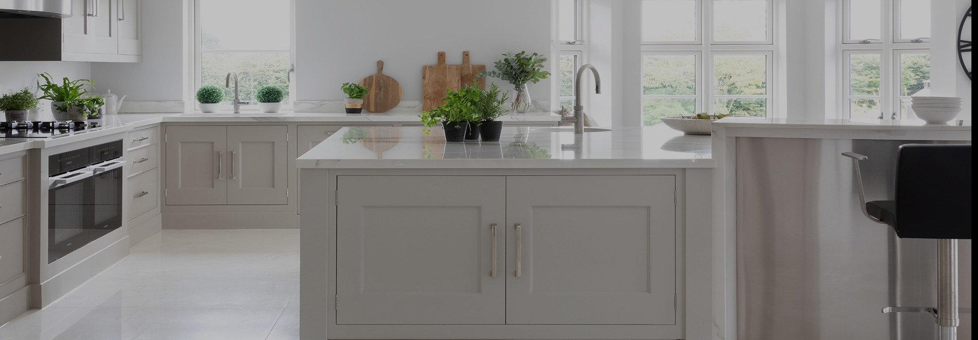 sab-landscape-kitchen_edited.jpg