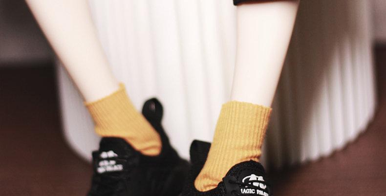 Sneakers by MOMO