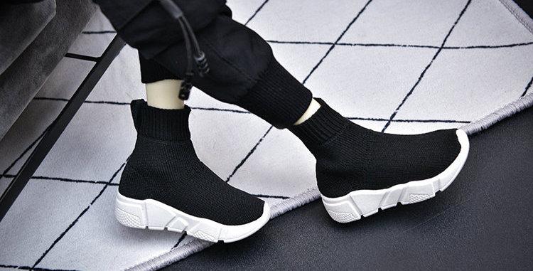 Sock Sneakers by Salafina