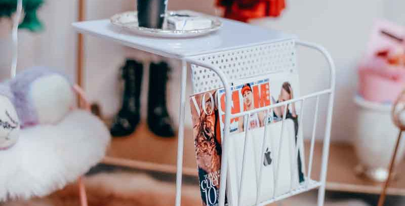 Magazine side table by *Dreamer*