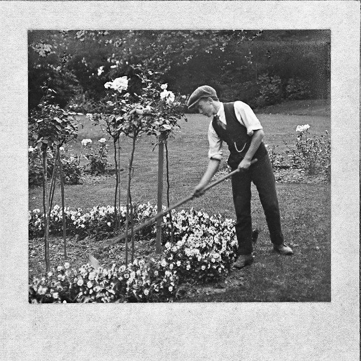 1918 yearbook-44.jpg
