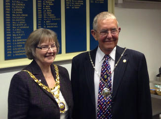 Town Elects New Mayor