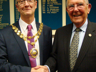 New Town Mayor - Cllr Les Burrows