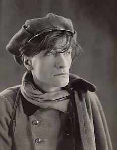 800px-Antonin_Artaud_1926.jpg