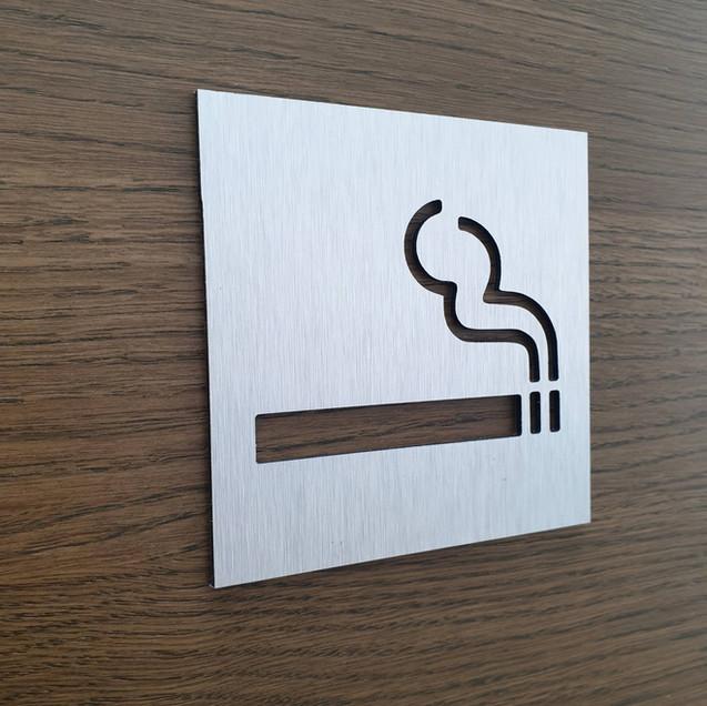 Табличка Место для курения из аллюминия