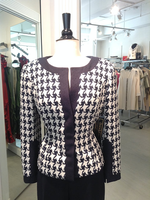 Jewel Neck Kissing Front Jacket w/ Trim