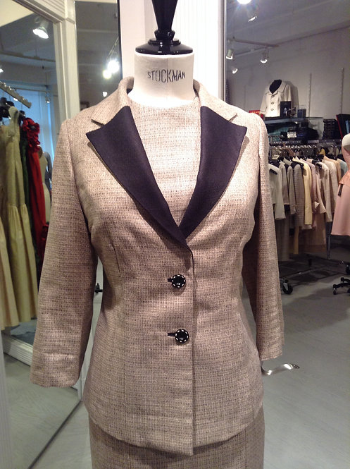 Notched Collar 2 Button Jacket