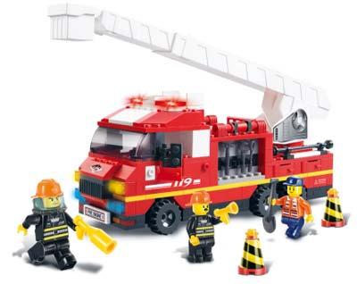 #2051 Blocks Aerial Ladder Truck