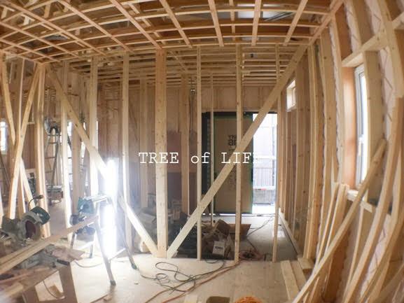1階…天井施工が進んでいます。