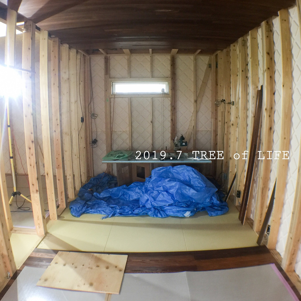 玄関ポ2階寝室|無垢の木の家|クリエイティブAG|磐田市