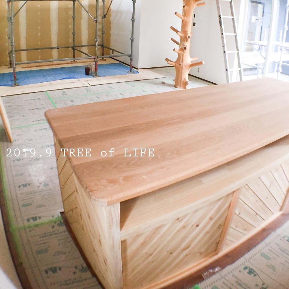 ①アイランドテーブル(塗装前)
