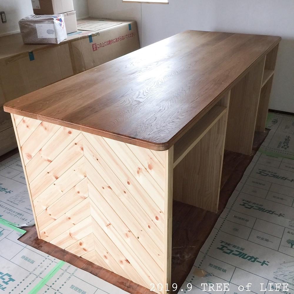 ④アイランドテーブル(塗装後)
