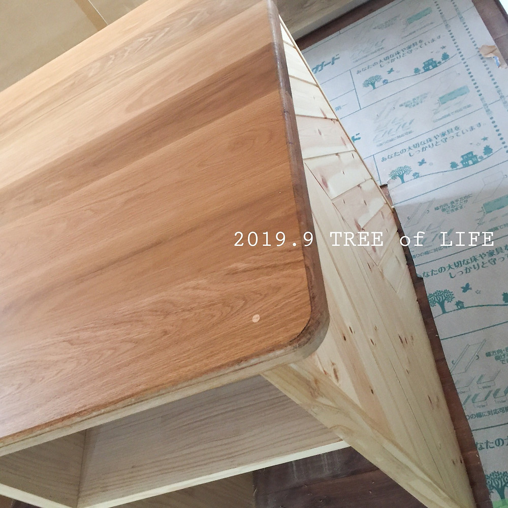 ⑤アイランドテーブル(塗装後)